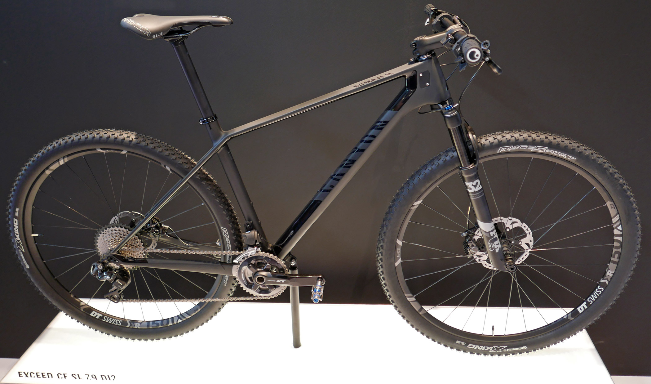 Eb16 Canyon Trickles Down Carbon Tech For New Speedmax