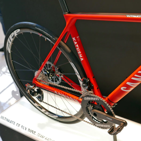 canyon_ultimate-cf-slx-disc_carbon-all-around-lightweight-disc-brake-road-race-bike_katusha-pro-team_rear-end