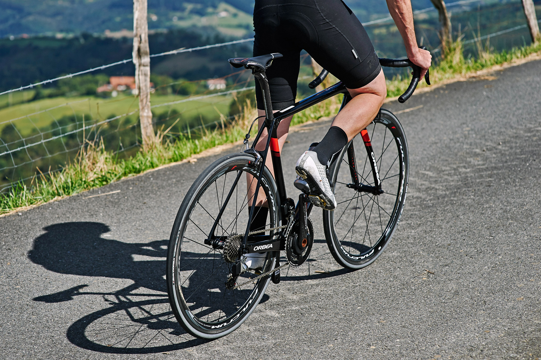 New Orbea Orca Omr A Detailed Look At The New Premium Road Bike