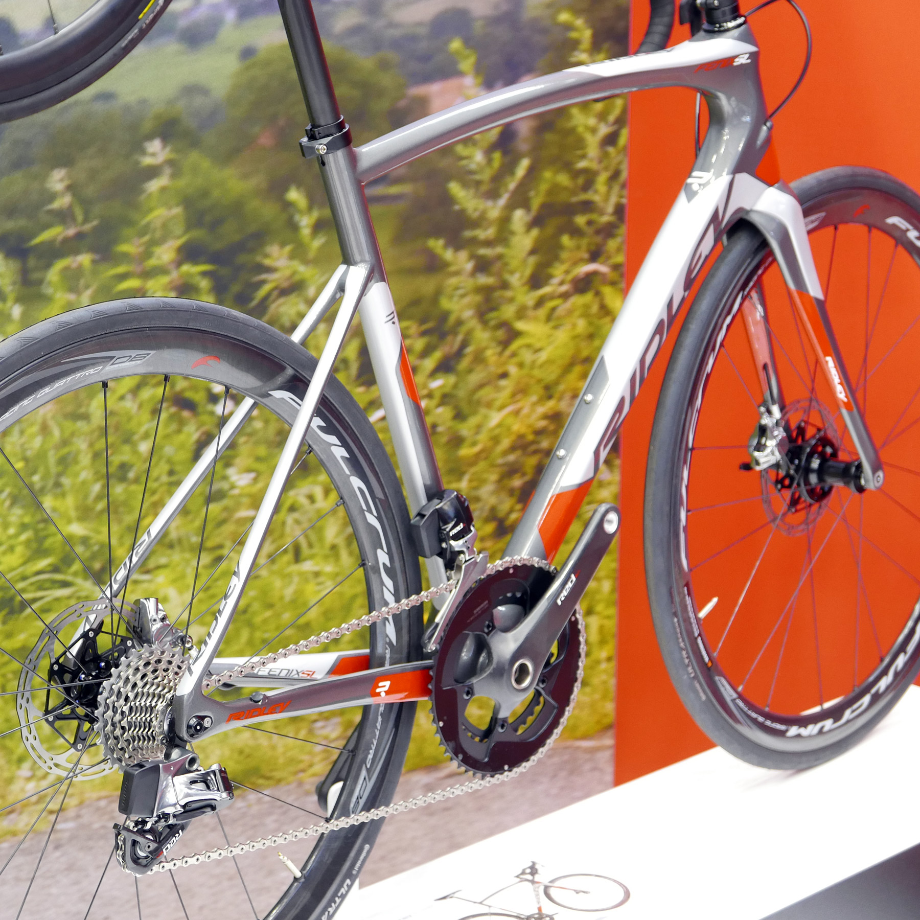 Eb16 Ridley Rolls Out Lighter Stiffer Helium Slx And