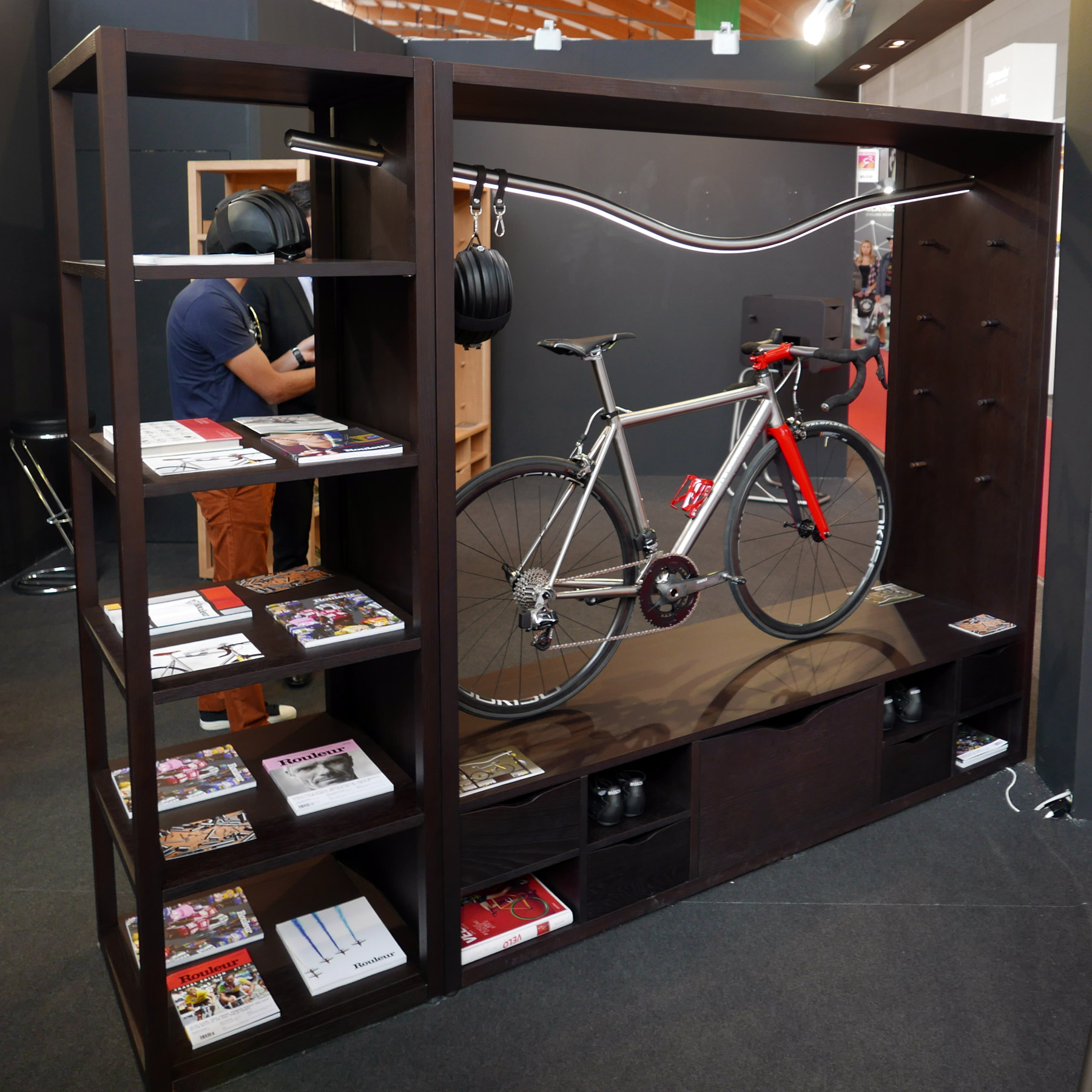 Eb16 Vadolibero Has The Ultimate Way To Store Show