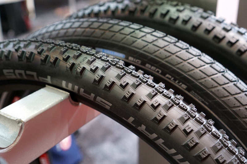 eb16 schwalbe goes big with tons of new mtb plus tires more road gravel cyclocross. Black Bedroom Furniture Sets. Home Design Ideas