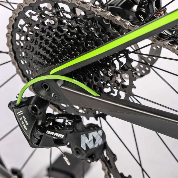 ghost_lector-kid_youth-kids-xc-carbon-hardtail-race-mountain-bike_thru-axle