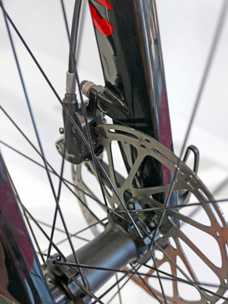 ghost_lector-x_fully-rigid-xc-carbon-hardtail-race-mountain-bike_brake-mount-insert
