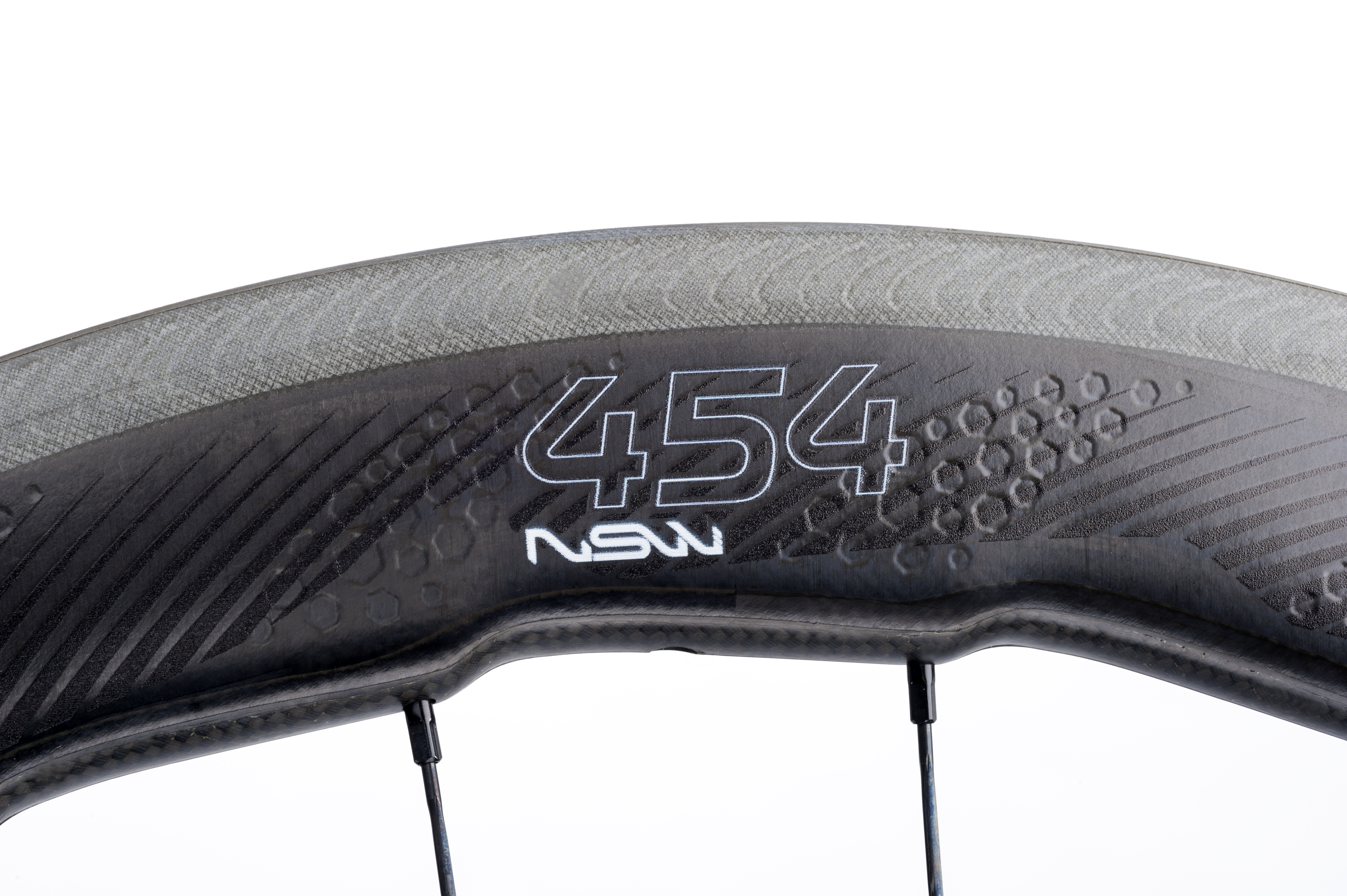 Zipp heeds the call of the wild w/ new Biomimicry inspired 454 NSW ...