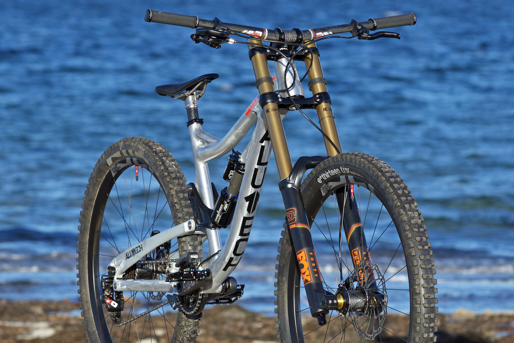 Alutech Sennes DH 29 to be first production 29er downhill
