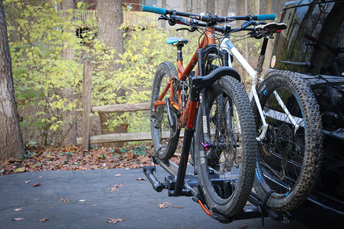 Review K 252 At Nv 2 0 Hitch Mount Bike Rack Is Sleeker Than