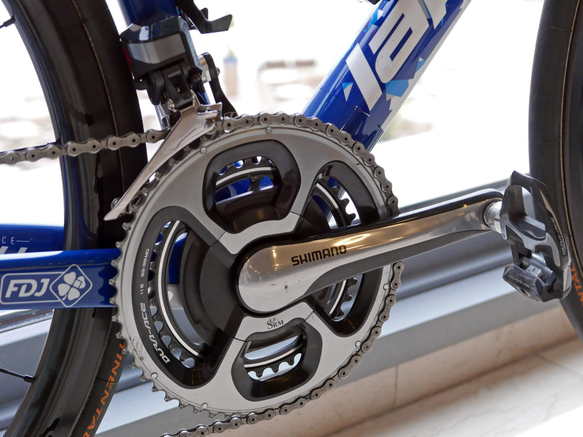 Up Close Shimano Dura Ace R9100 Dual Sided Power Meter Crankset
