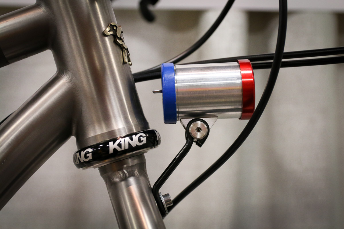 Nahbs 2017 Sinewave Cycles Introduces Headlight With Integrated