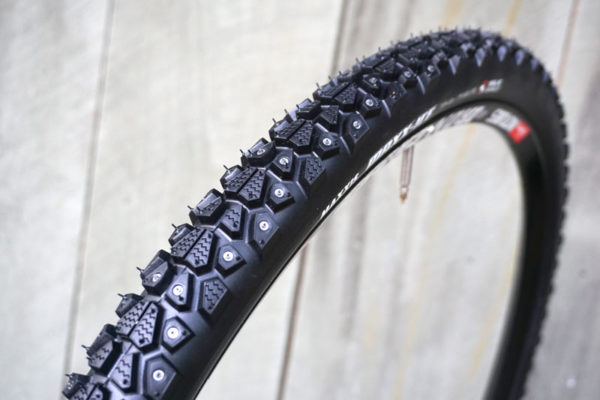 maxxis Max-Ice studded winter bicycle tire for city commuter bikes