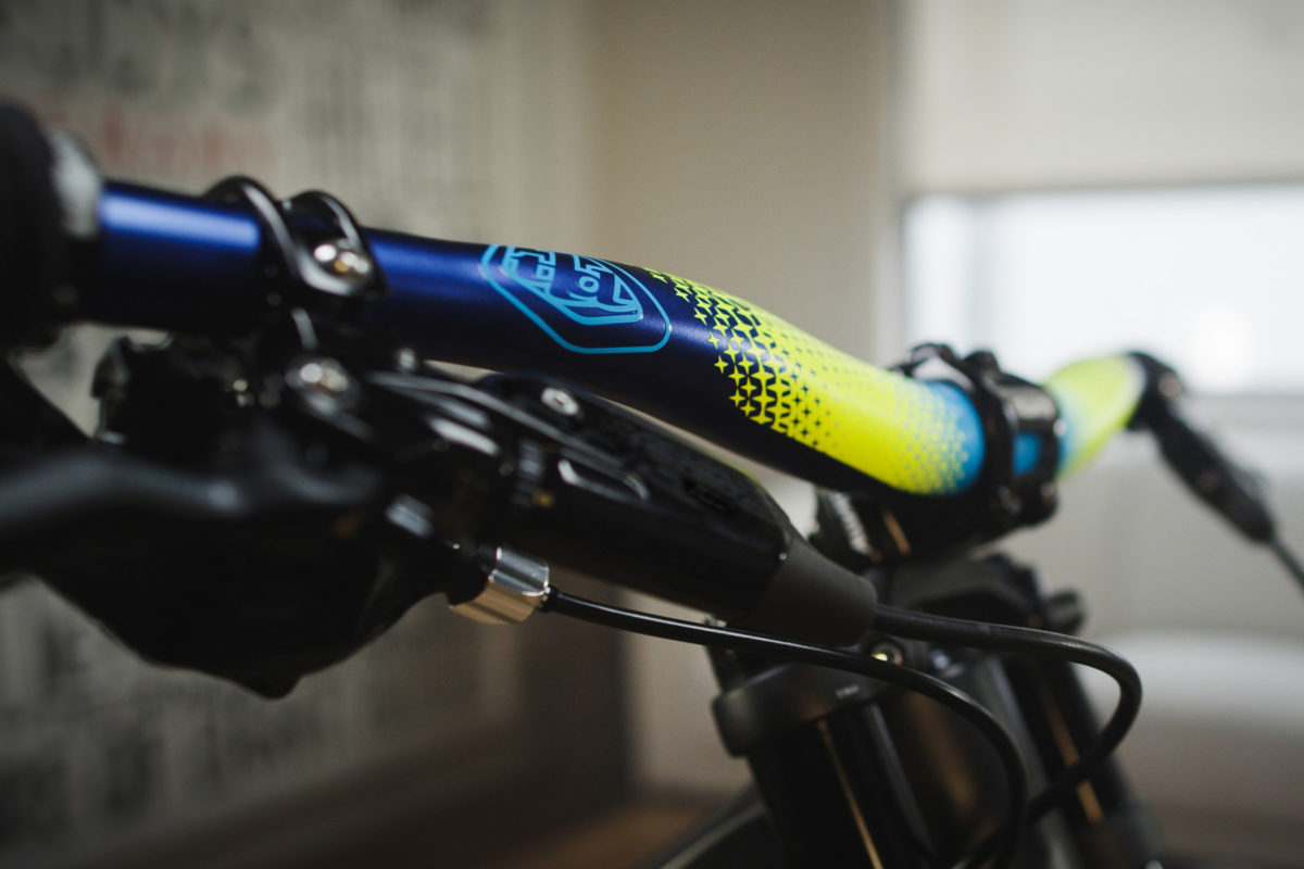 Types Of Bicycles >> Truvativ pairs with Troy Lee Designs for Descendant TLD CoLab - Bikerumor
