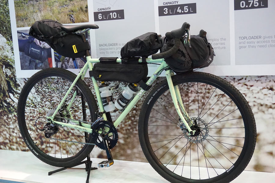 Total package weighs 3.26lb (1.48kg). The only tire size they say it wonu0027t work with are fat bike tires. Retail is $259.95. & TPE17: Topeak gets into bikepacking tents; then Triu0027s out for ...