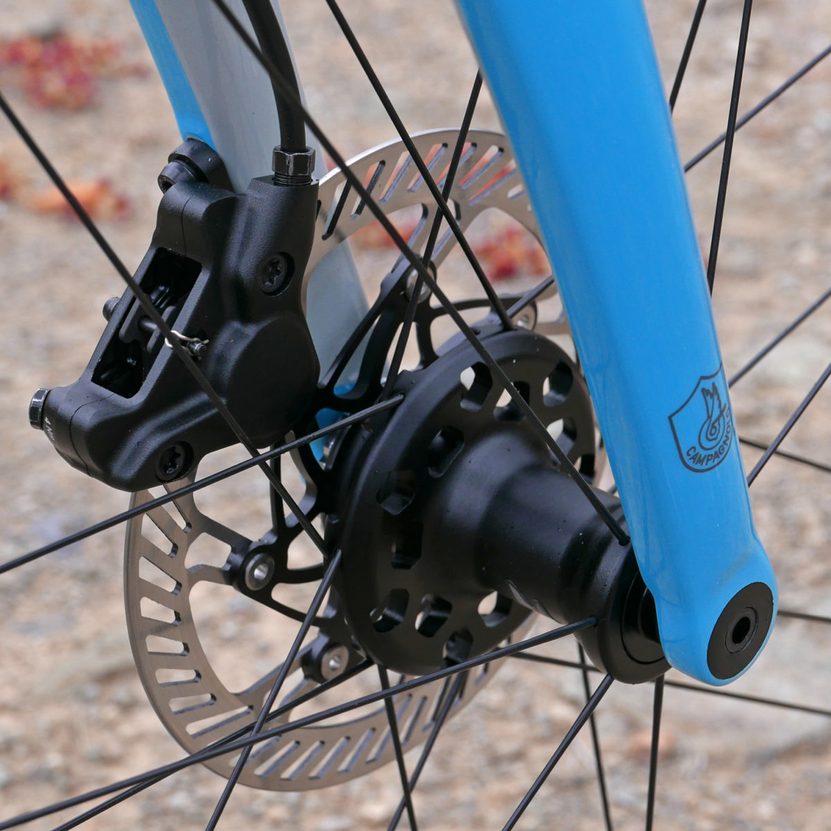 campagnolo debuts hydraulic disc brakes all the way to affordable potenza 11 alloy groupset. Black Bedroom Furniture Sets. Home Design Ideas
