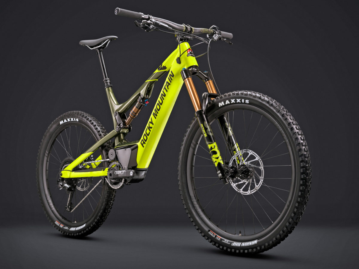 rocky mountain mountain bikes get electric with altitude. Black Bedroom Furniture Sets. Home Design Ideas
