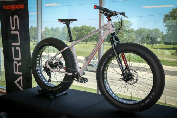 Mongoose mountain bike line 2018 pacific cycle headquarters tour actual weights adventure fat kids bmx-36