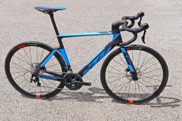 KTM Revelator Lisse fully-integrated cockpit carbon disc-brake aero road bike blue Elite complete