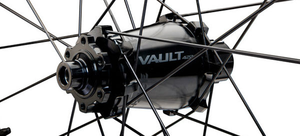 Race Face hits the park with all new Atlas DH wheelset and SixC 820 carbon bar