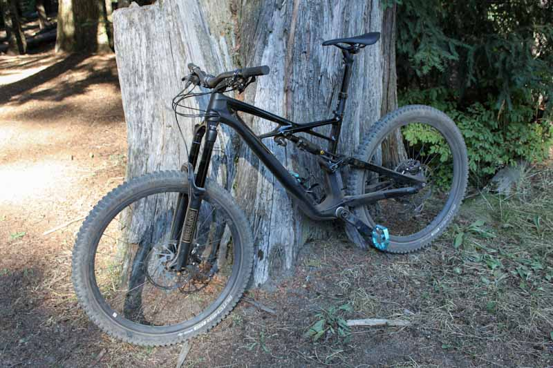 First Impressions: Riding the 2018 Specialized Enduro mountain bike