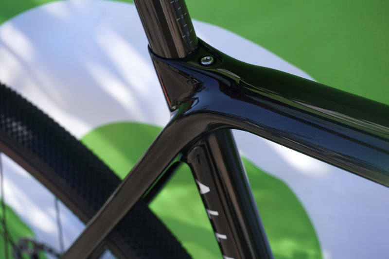 first look at Allied Cycle Works gravel road bike with disc brakes