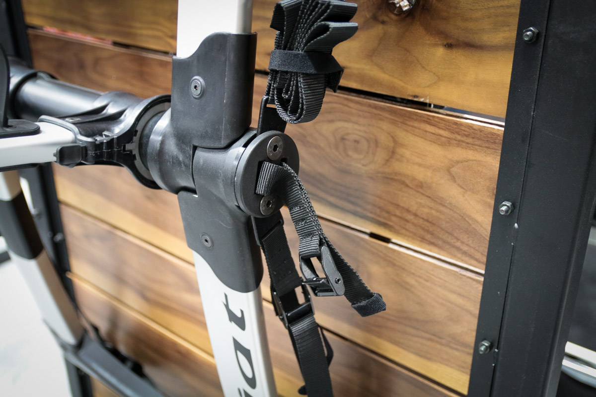 IB17: Kuat straps in with lightweight Highline trunk rack