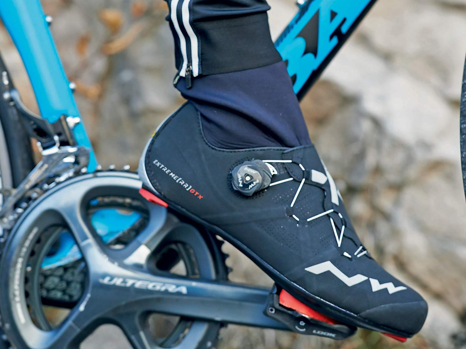 9de05116c69 EB17: Northwave Extreme, Flash & Raptors embrace cold with flexible collar,  performance winter shoes
