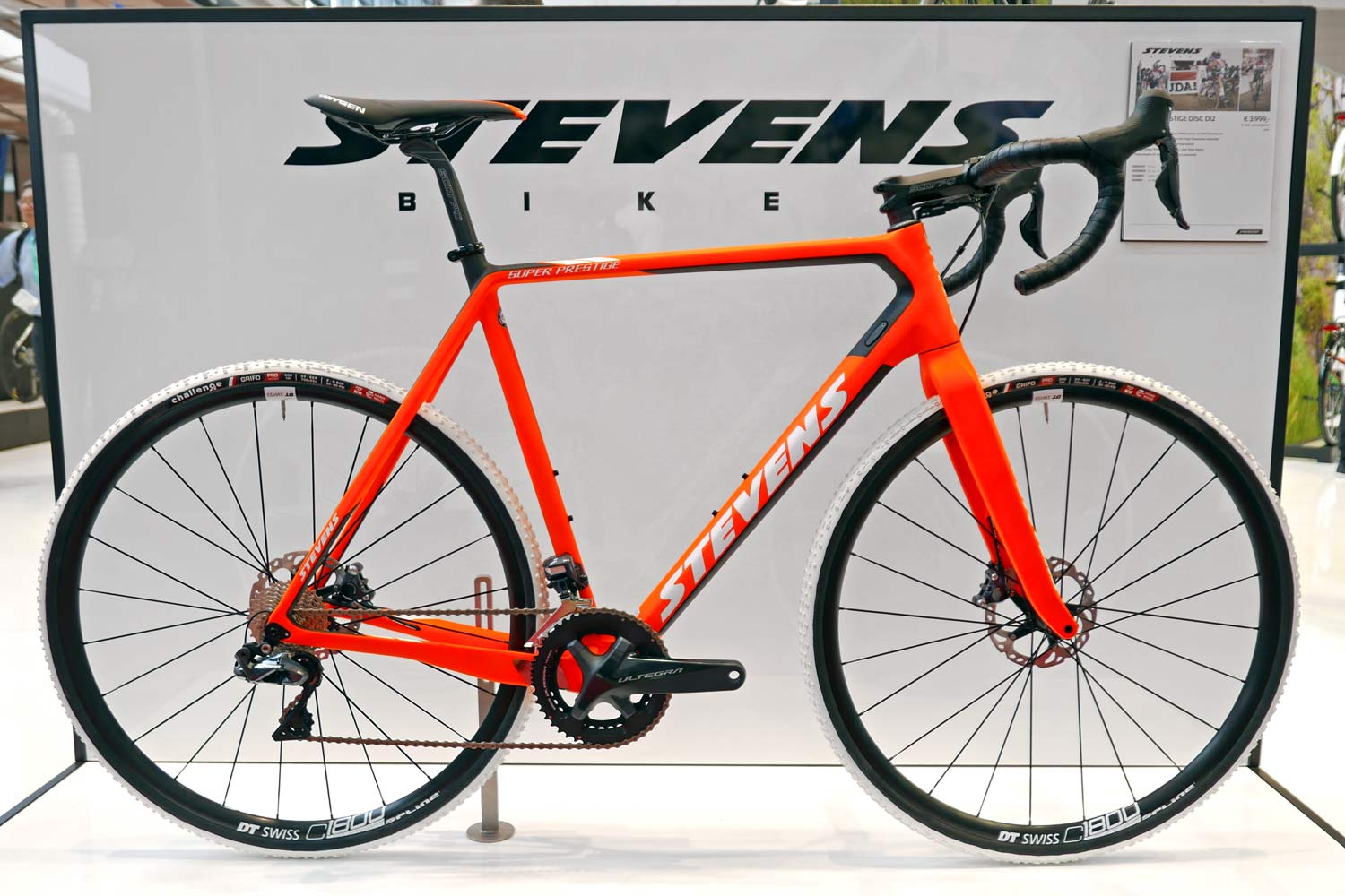 eurobike trends what 39 s coming to road cyclocross in. Black Bedroom Furniture Sets. Home Design Ideas