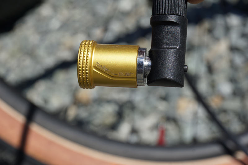 Birzman Push and Twist quick connect valve head makes pumping bicycle tires very easy