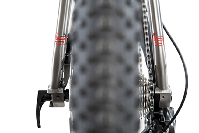 "Wider spacing Brings Litespeed Pinhoti Boost up to speed with 27.5+ or 29"" wheels"