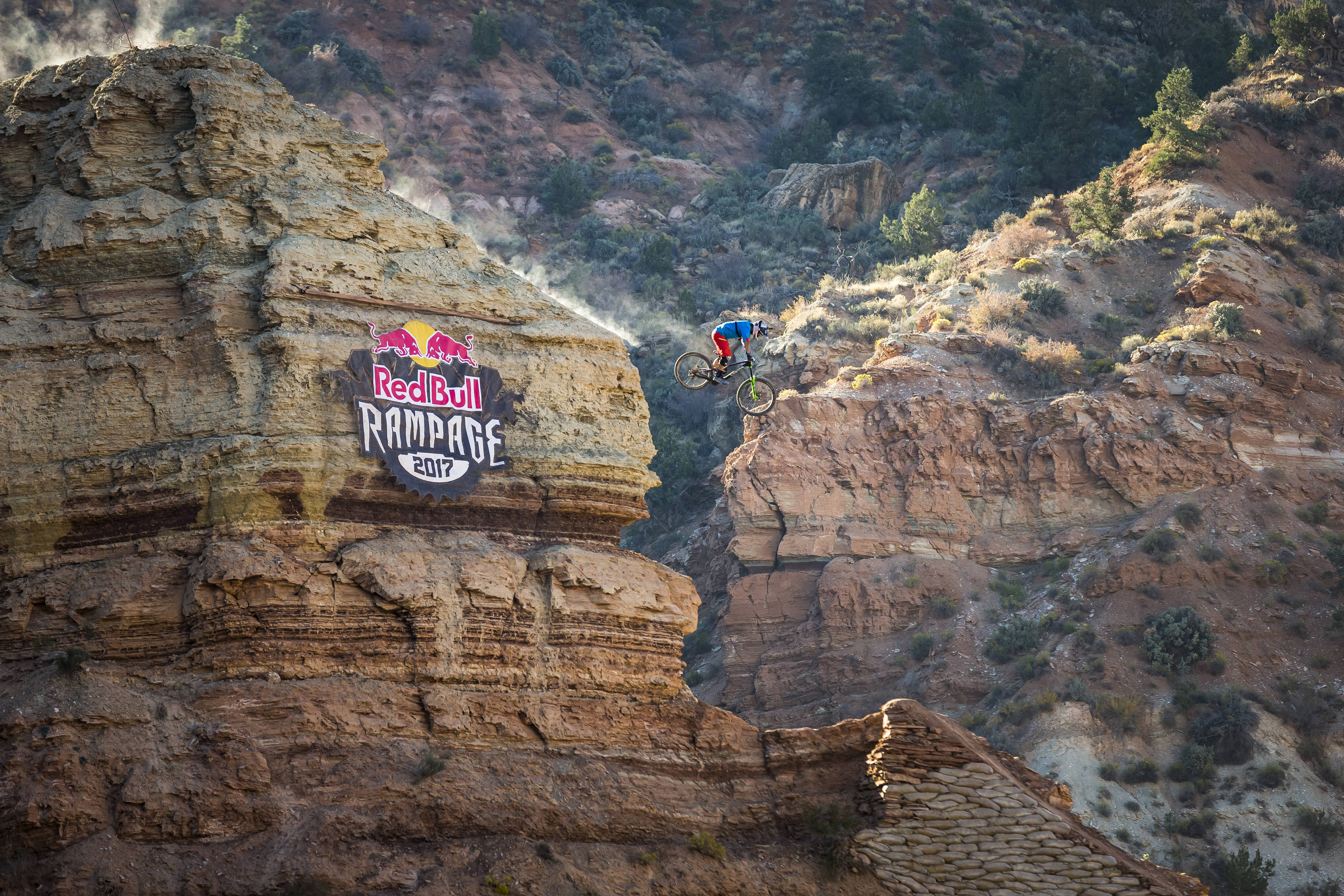 Red Bull Mountain Bike >> Red Bull Rampage 2017 Live Stream starts now - Bikerumor