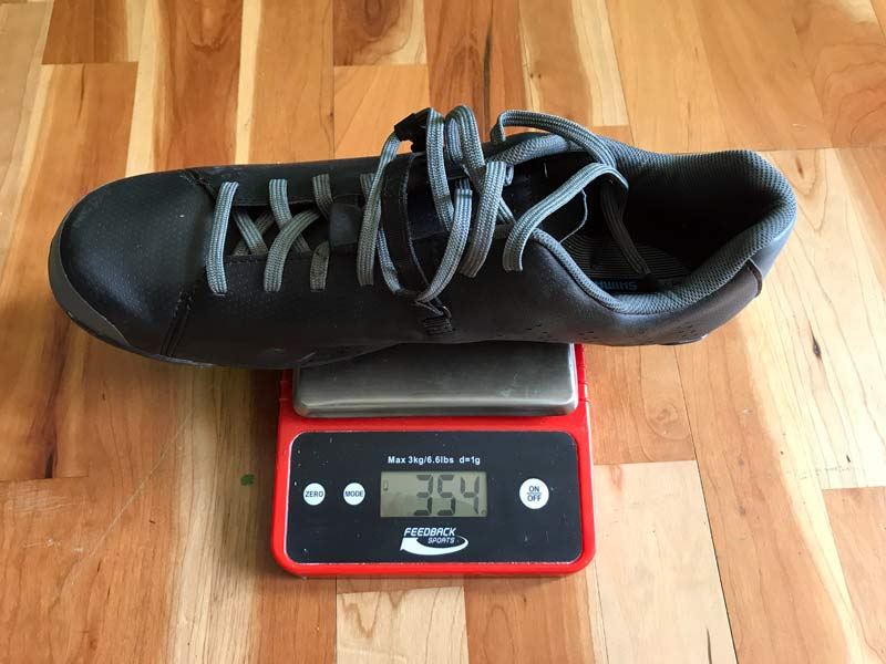 how much does the shimano xc5 gravel road bike shoe weigh