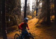 Wiral LITE cable cam, mountain biker in woods