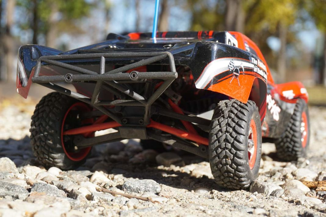 traxxas slash 16-scale 4x4 remote control short course truck review