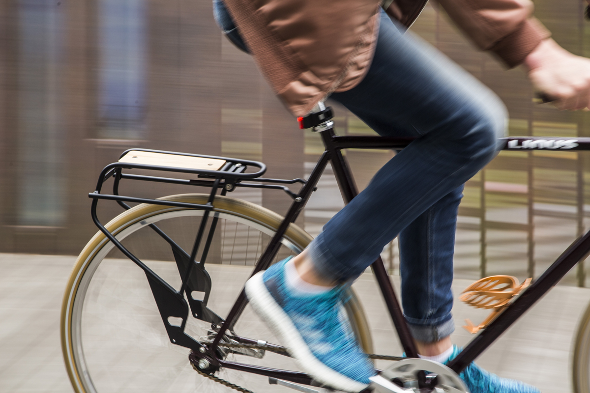 Go by Bike w/ beautiful new basket, rack, and 650b fenders from Portland Design Works
