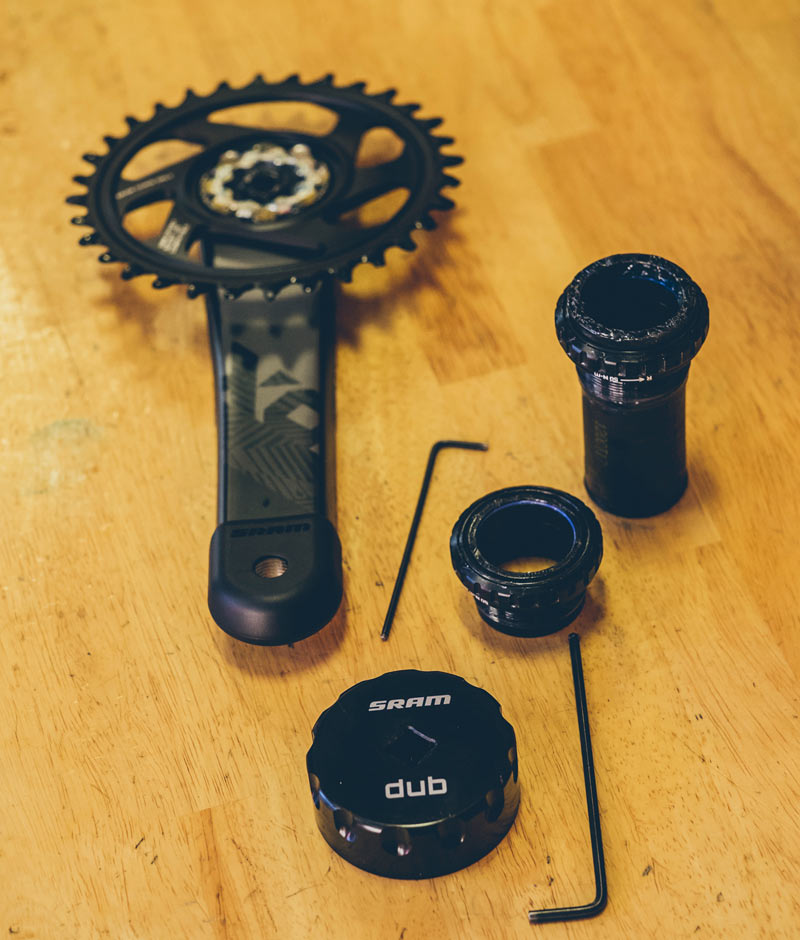 what is the sram dub standard