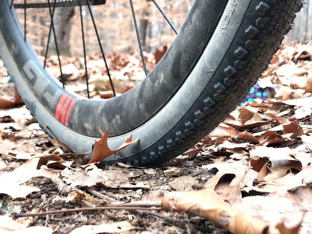 Vittoria Terreno Dry conditions tubeless clincher cyclocross tire review
