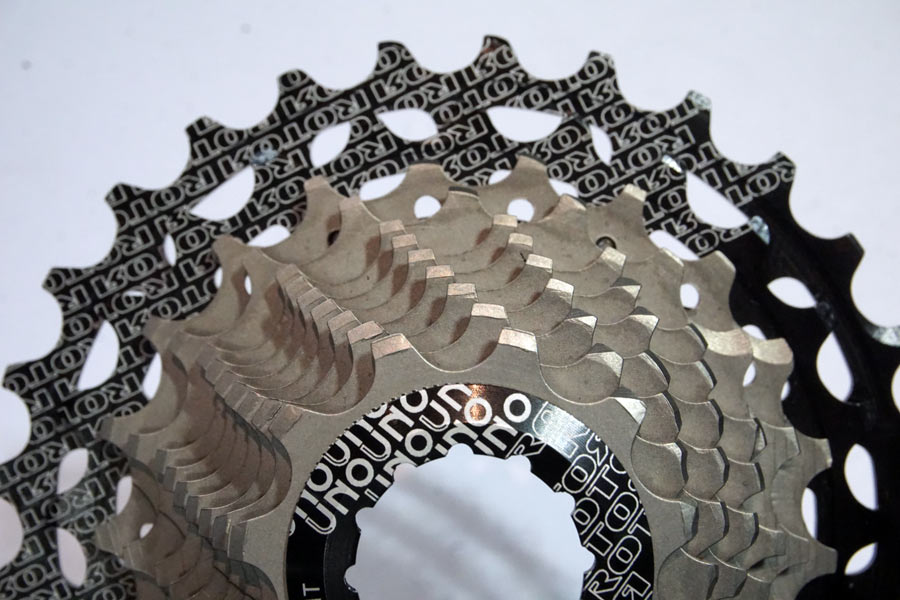 Rotor UNO is the lightest road bike cassette
