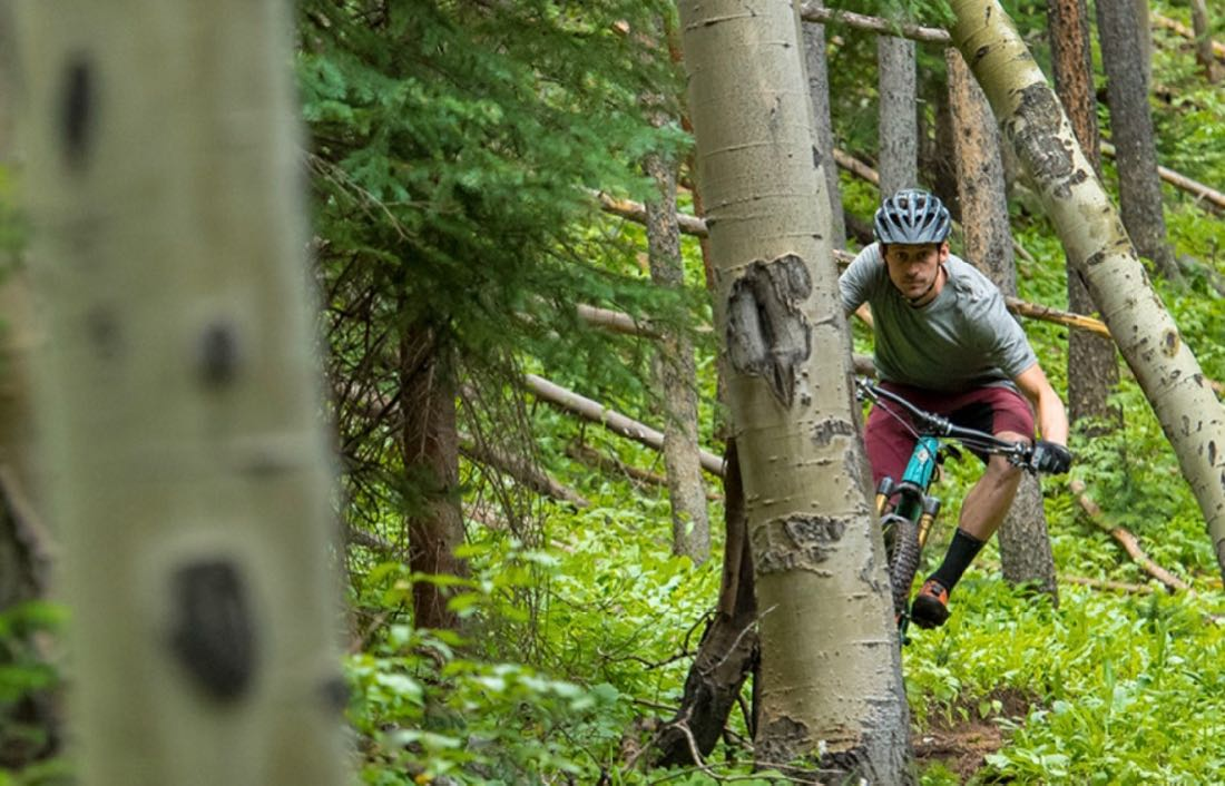 Pearlizumi just launched their 2018 Dirt Collection.