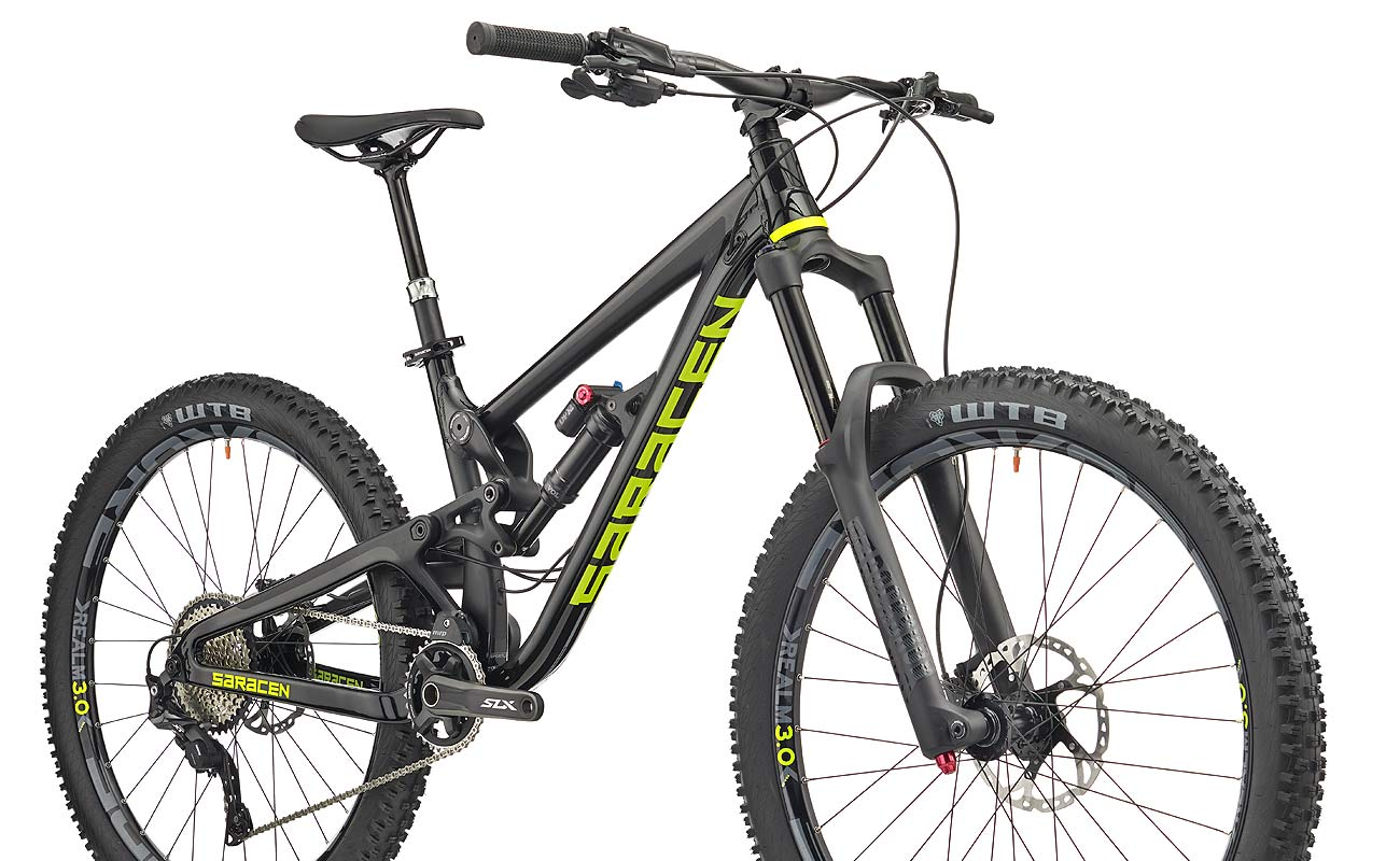 Saracen-Ariel-Elite_alloy-front-triangle-carbon-rear-end-165mm-full-suspension-enduro-trail-mountain-bike_complete-3-4 Saracen Ariel LT carbon enduro mountain bike hitting the trail now