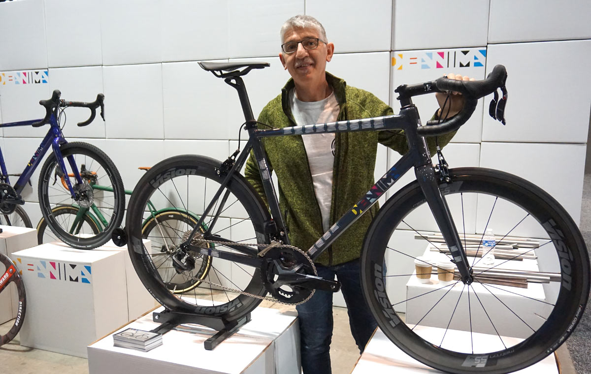 Gianni Pegoretti owns the Deanima custom bicycle brand and shows that his paint and frame building skills are on par with his brother