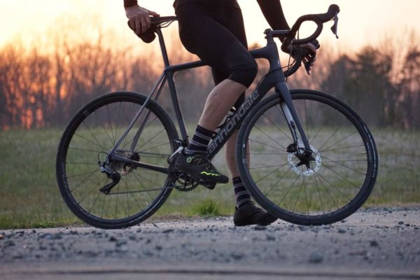 2018 Cannondale Synapse Carbon Disc brake endurance road bike review and tech details