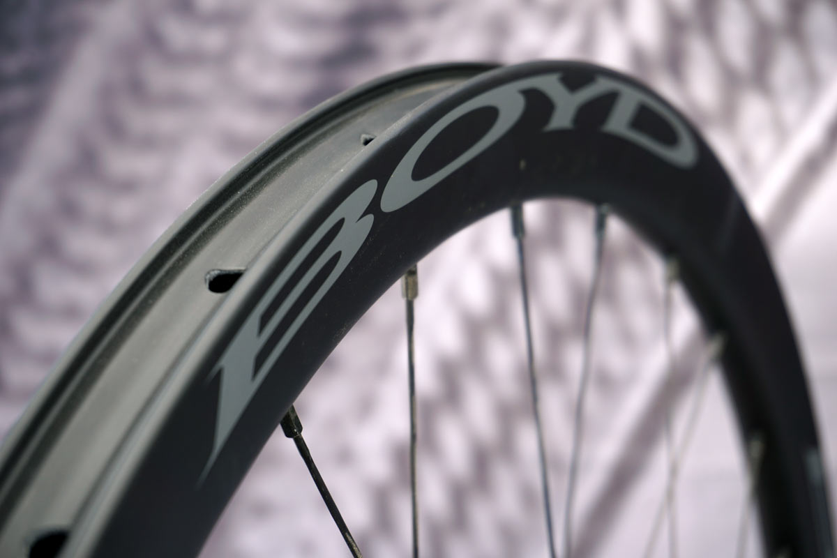 boyd cycling pinnacle road tubeless carbon wheels for standard tires tubeless tires and tubular cyclocross