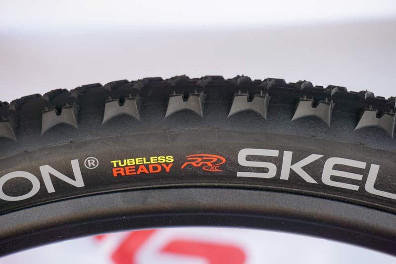 prototype hutchinson skeleton xc race mountain bike tires