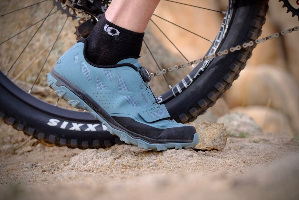 Pearlizumi's X-Alp Elevate works well both on and off the bike.