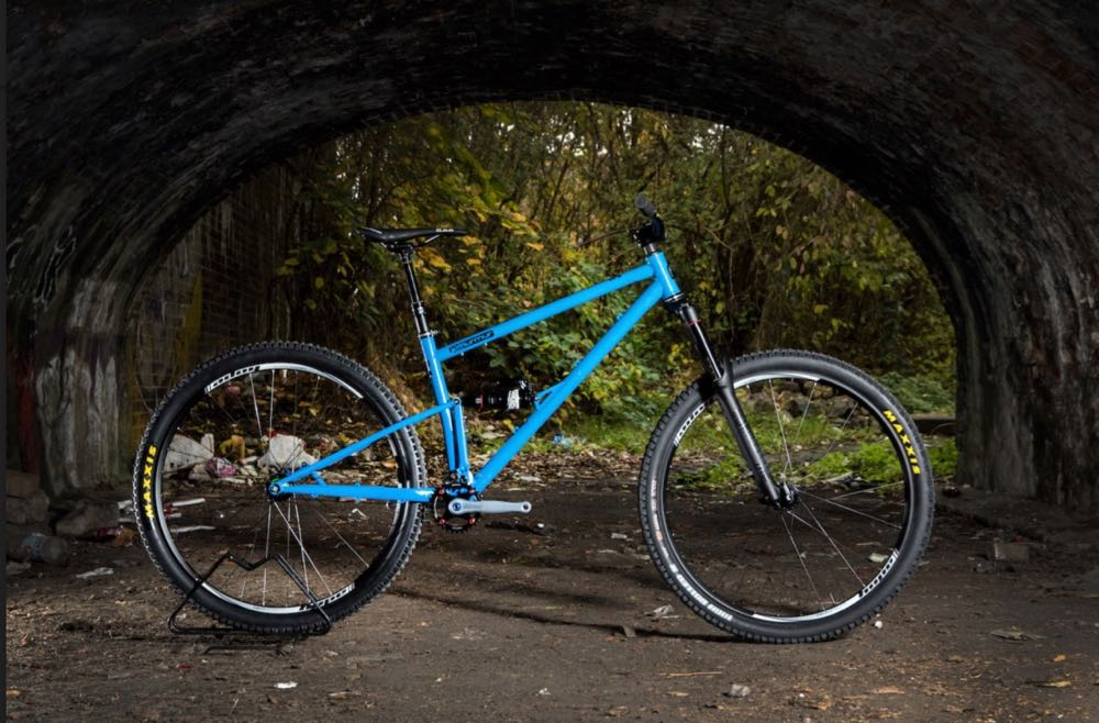 Starling Cycles is now taking orders for their Taiwanese made Murmer 29 steel full suspension bike.