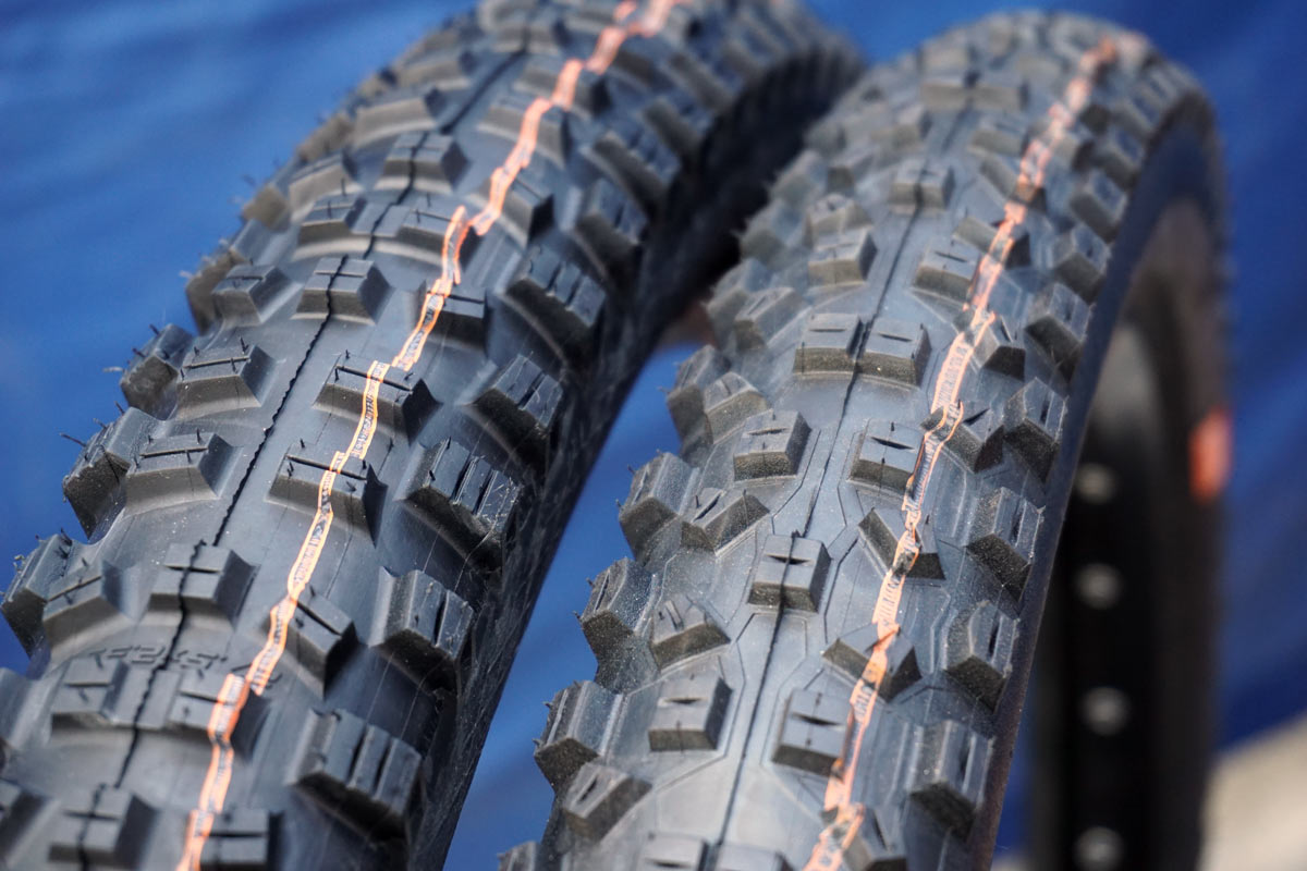 old and new hans dampf super trail tires
