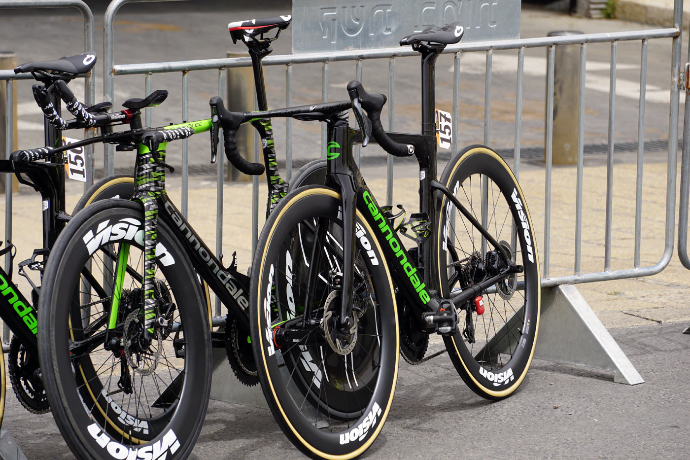524a3f31795 Giro101 Tech: Prototype Cannondale System Six aero disc road bike spotted!