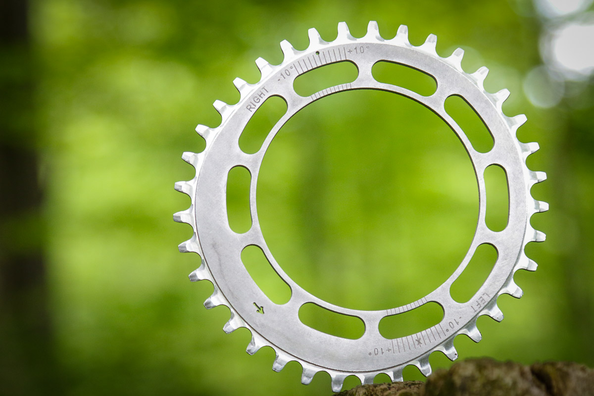 Spreng Reng flouts conventional chainring design w/ single sided power stroke