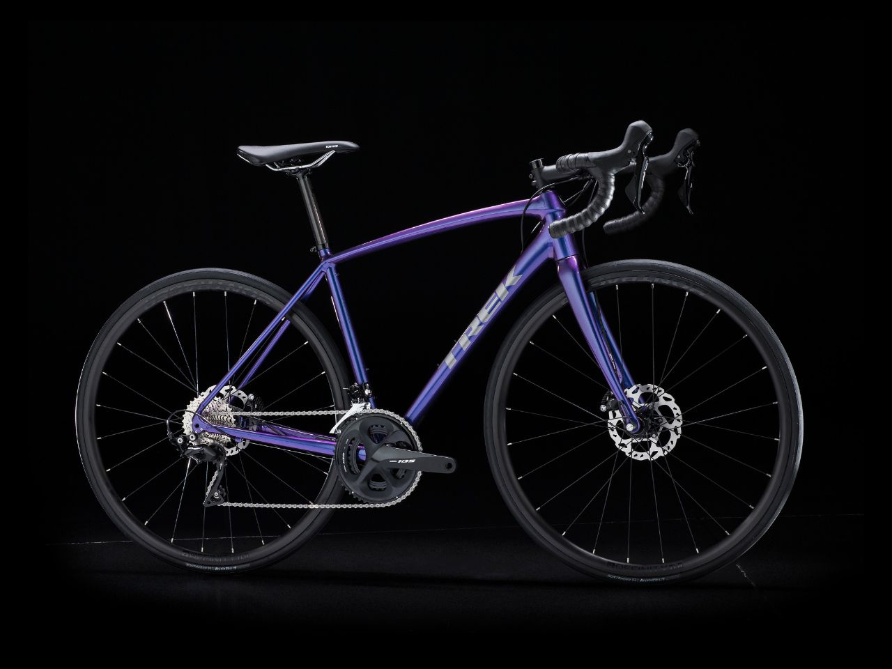 ea269882006 Trek's new Émonda ALR mimics higher end carbon bikes w/ svelte aluminum  frame