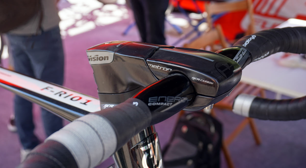 FSA cockpit concept lets you run shift cable and brake hoses through the headset for a perfectly aero bicycle