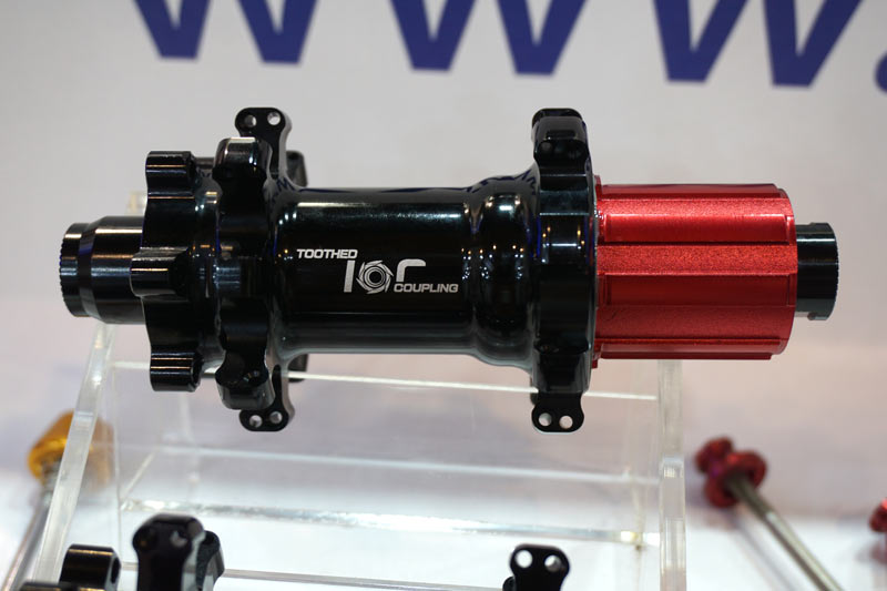 Chosen Toothed Concept fixed ratchet ring bicycle hub design